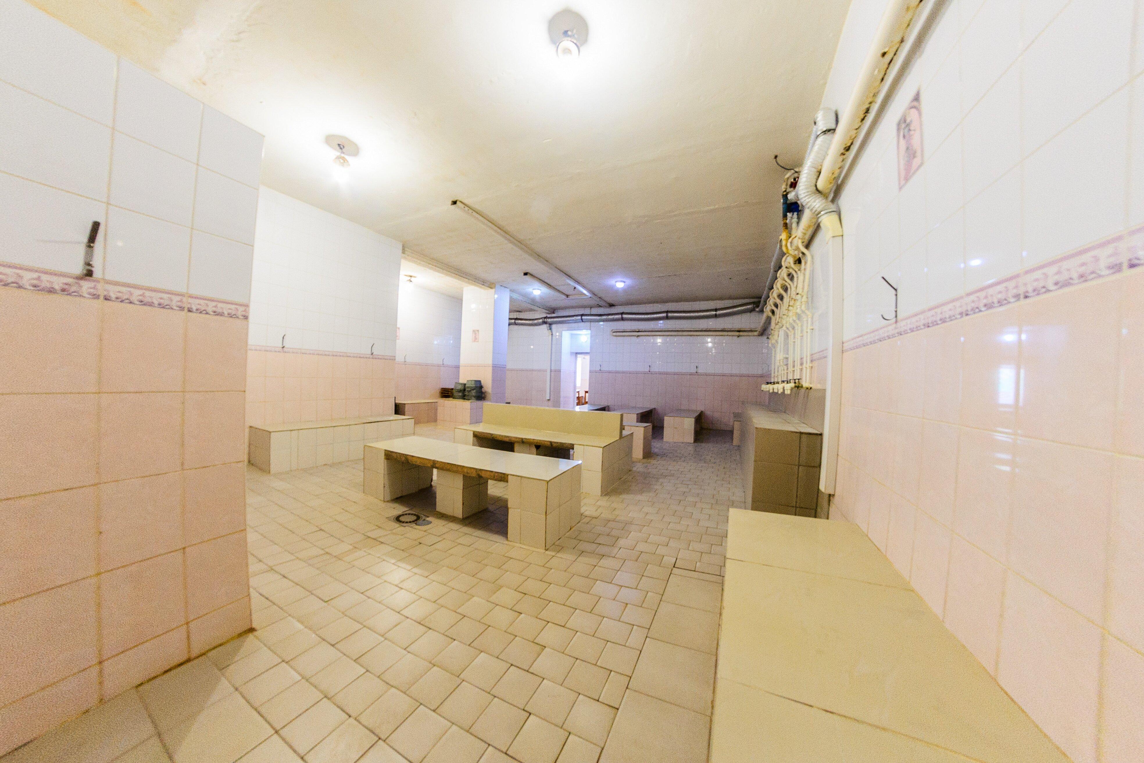 Видео помывки девушек в общественной бане #6