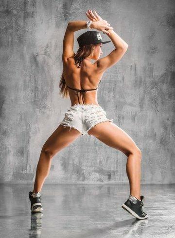 TWERK. ZeFir Dance Studio, тел.: 50-00-29